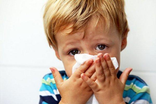Вред для здоровья детей и взрослых от повышенной влажности в комнате